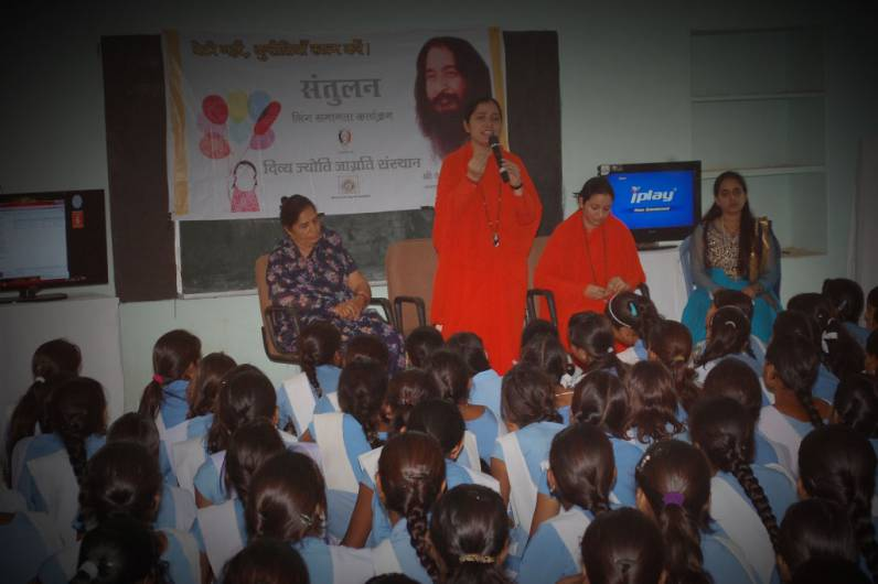 Grooming Workshop for Girls conducted by DJJS Dungarpur, Rajasthan