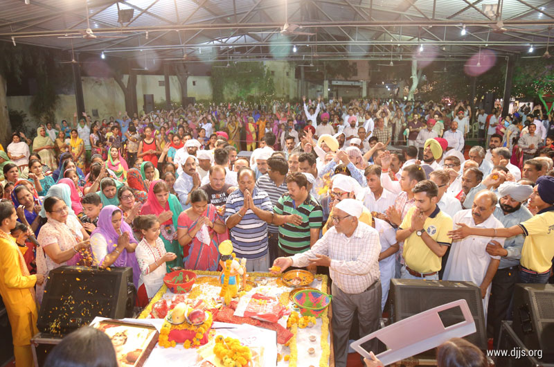 Shri Krishna Katha Poured Love and Divinity in the Hearts at Ferozpur, Punjab