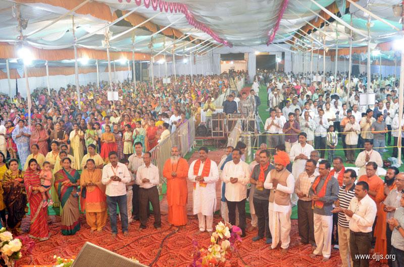 The Elysian Discourse of Shrimad Devi Bhagwat Katha in Nagpur, Maharashtra Initiates Devotees to Know the Shakti Within, an Epitome of Spiritual Liberation