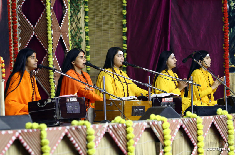 Gau Katha Established the Divine Connection with our Divine Mother in New Delhi
