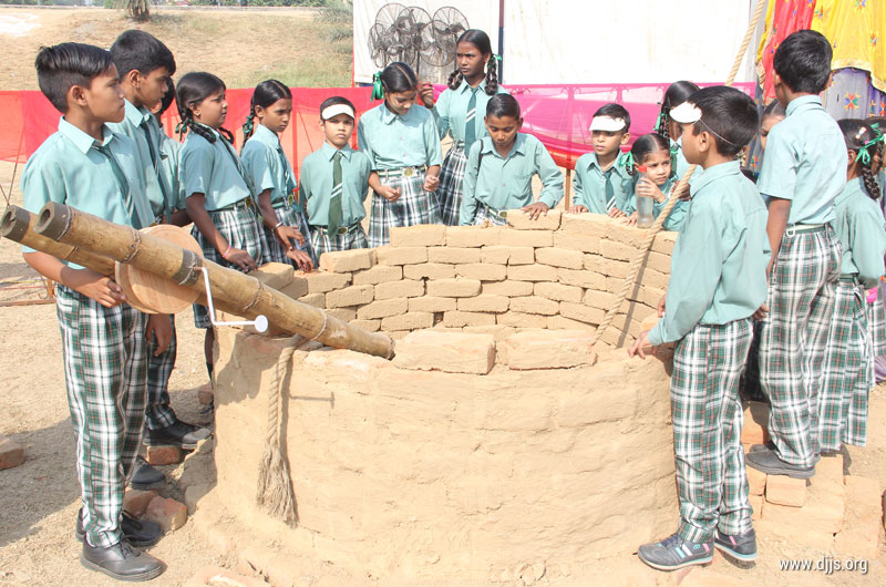 Cultural Exposure of Rural India- An excursion for Manthanite