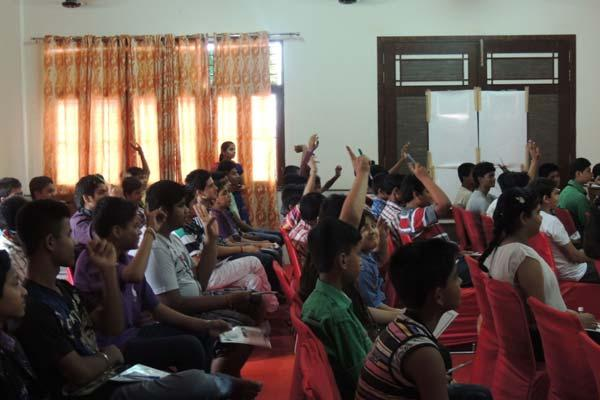 GIGO- Google in, Groom Out Workshop for School Students!