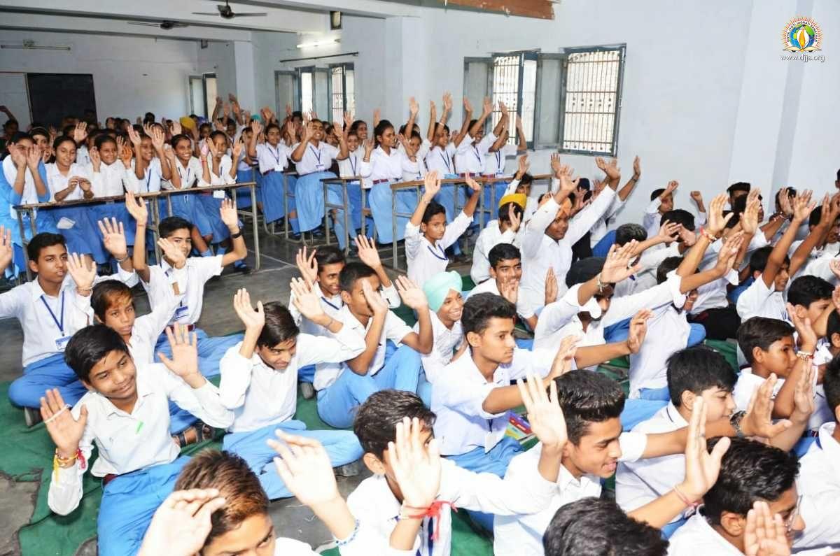 DJJS Lecture on Moral Values Enthralled Students at Swami Keshwanand School, Abohar, Punjab